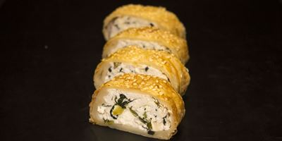 Spinach & Ricotta Pastry Roll